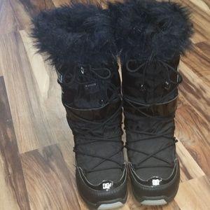 DC snow boots